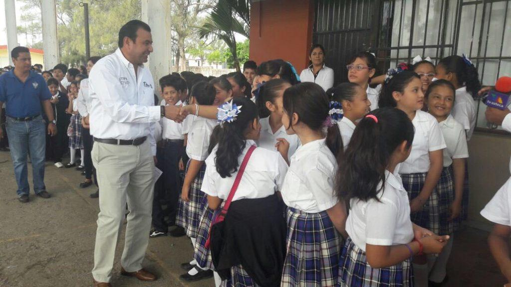 Rehabilita ITIFE 150 escuelas en zona sur