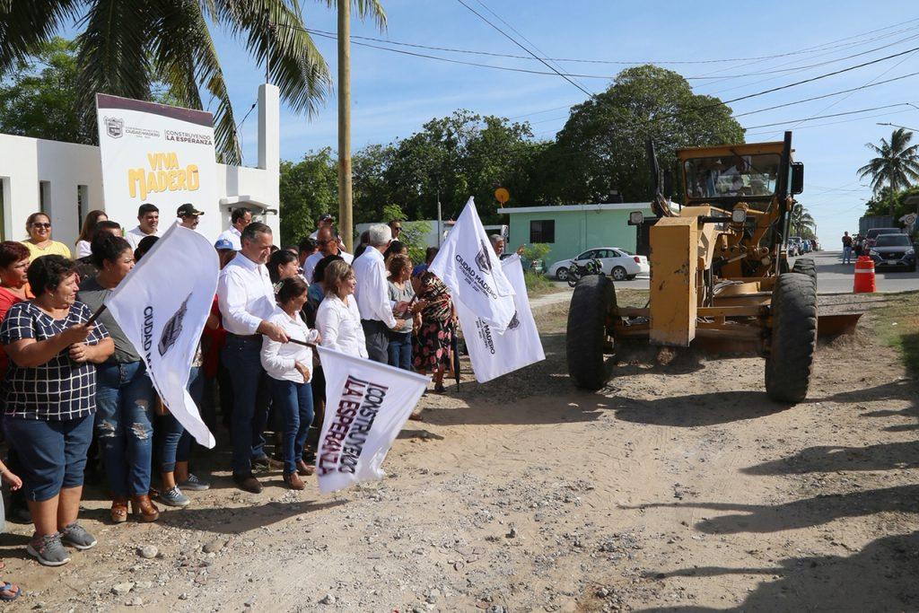 Arranca Oseguera pavimentación y rehabilitación en la colonia Emiliano Zapata