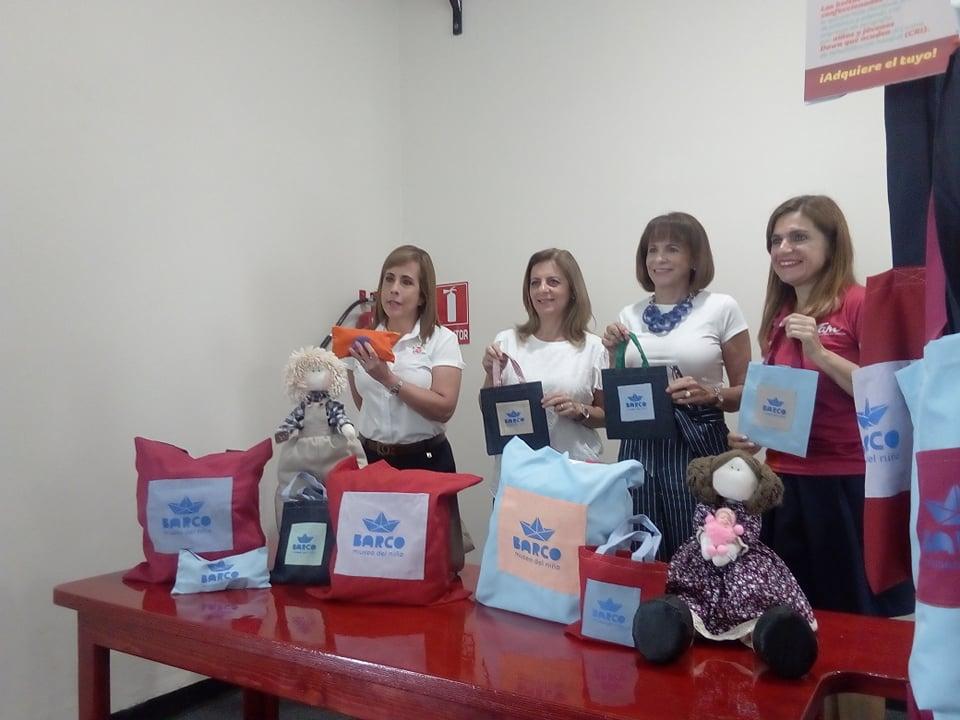 Hacen 'morralitos de amor' para ayudar a niños pobres en el DIF Tampico