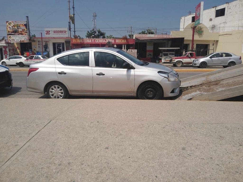 Recuperan Estatales auto robado en Altamira