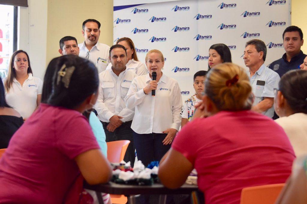 """Impulsa Gobierno de Altamira autoempleo entre mujeres con programa """"Aprende y Emprende"""""""