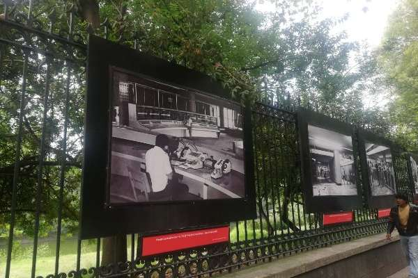 Historia fotográfica en exposición Metro 50 años