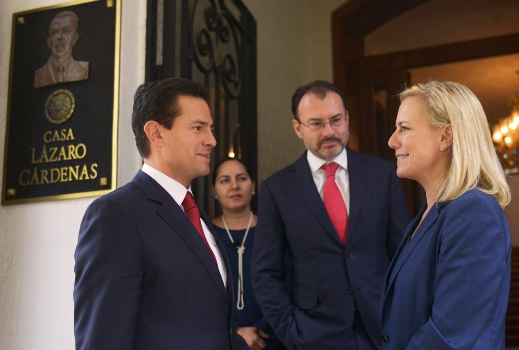 Necesario continuar diálogo México-EUA, señalan Peña Nieto y Kirstjen Nielsen