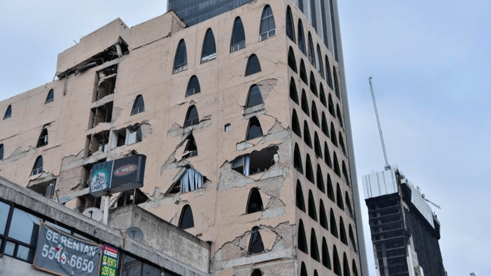 Van 30 edificios demolidos tras sismo del 19S