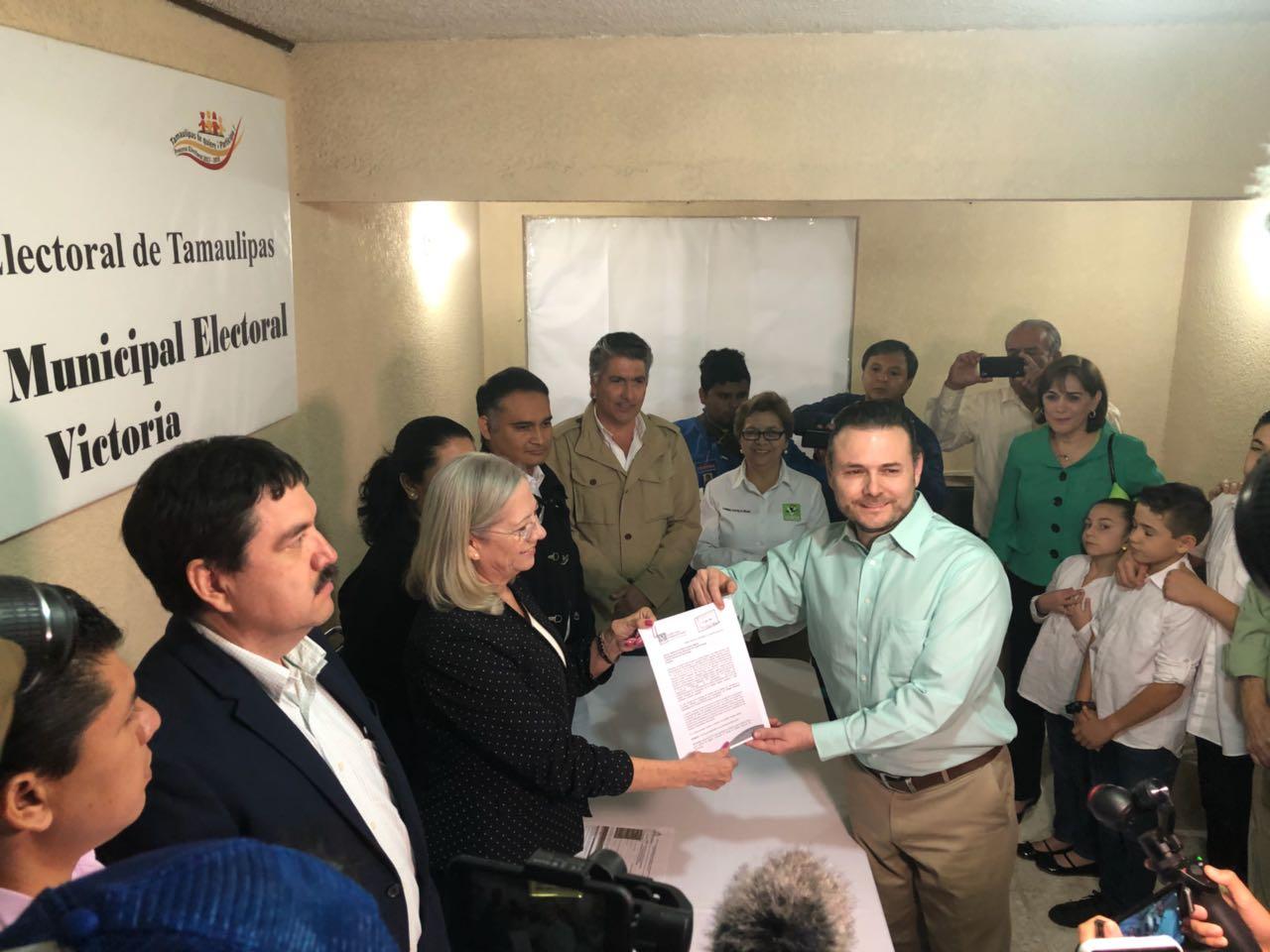 Se registra Mario Arizpe por el Verde como candidato a alcalde de Victoria