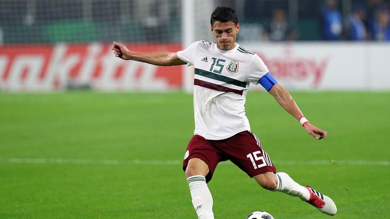 Héctor Moreno sufre lesión en pierna izquierda y alerta al Tricolor