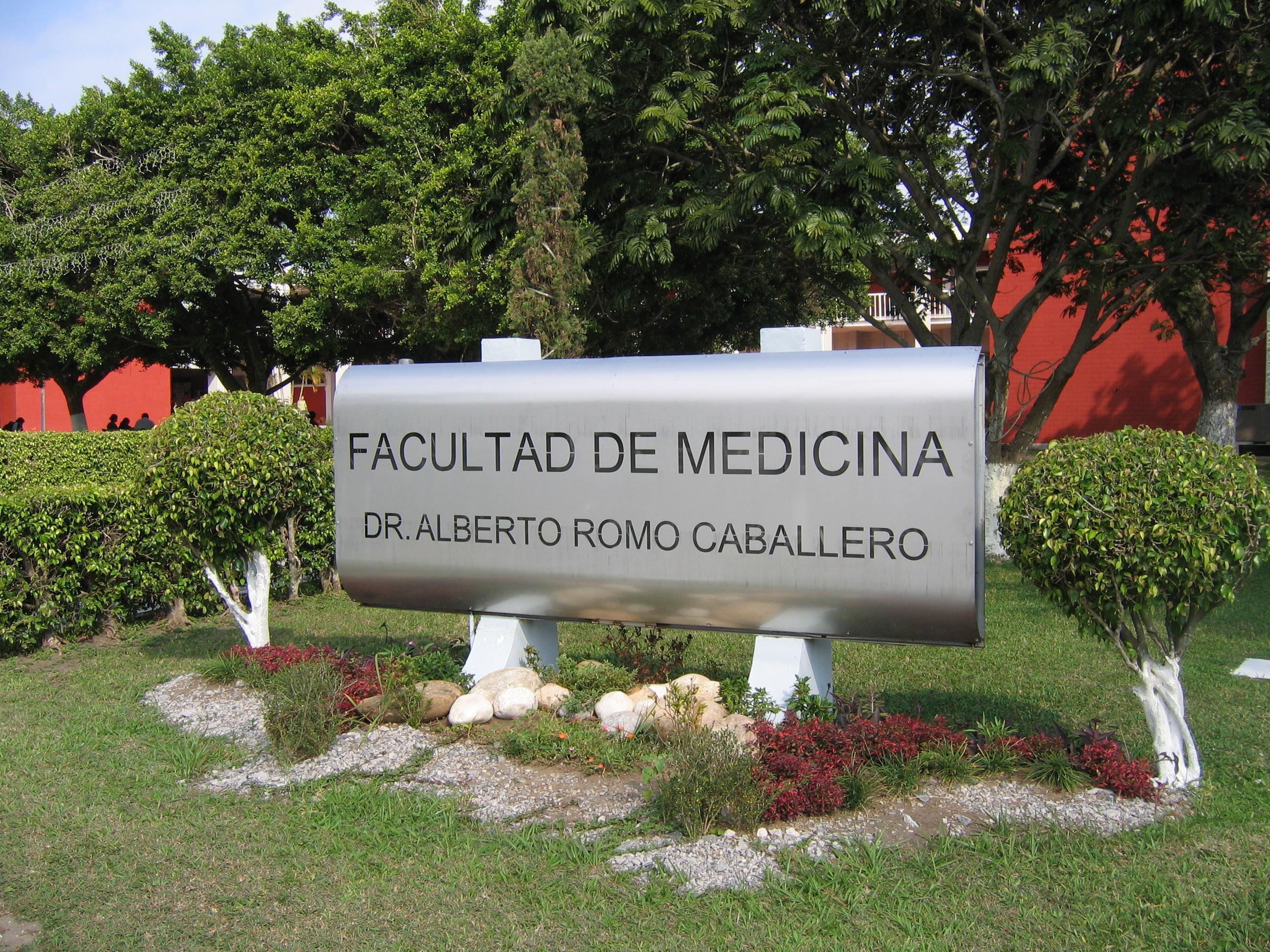 Inconforma la entrega de fichas en línea de Facultad de Medicina