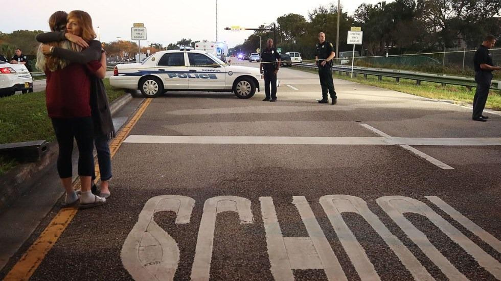 Tiroteo en escuela de Kansas deja dos heridos