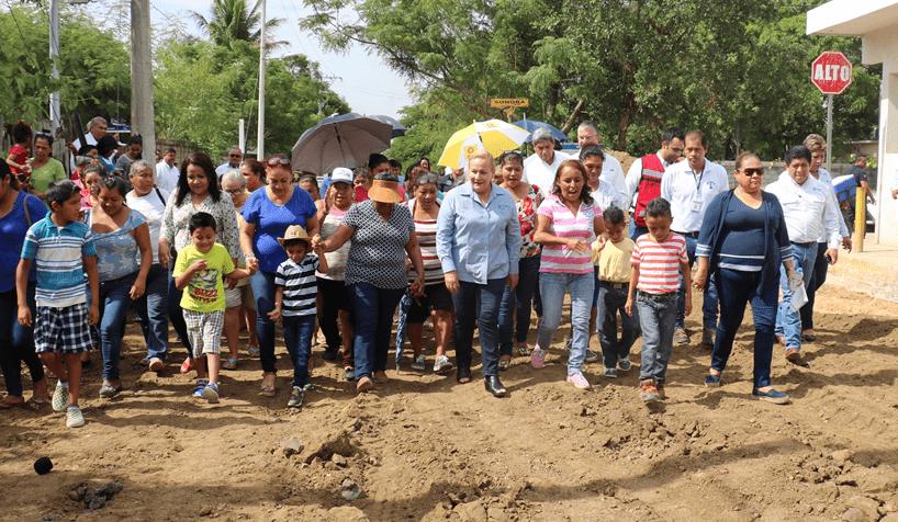 Entregará Alma Laura Amparán nuevas obras de pavimentación