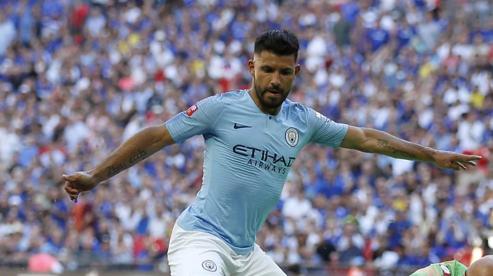 Manchester City gana la Community Shield con doblete de Agüero