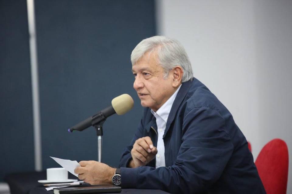 Refrenda López Obrador que habrá justicia en caso Iguala