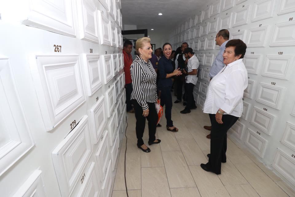 Inauguran nichos a bajo costo a la comunidad porteña