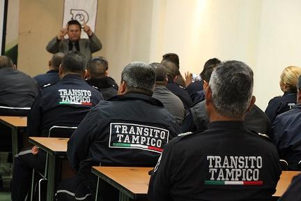 """Hacen """"limpia"""" en Tránsito; hasta al director despidieron"""