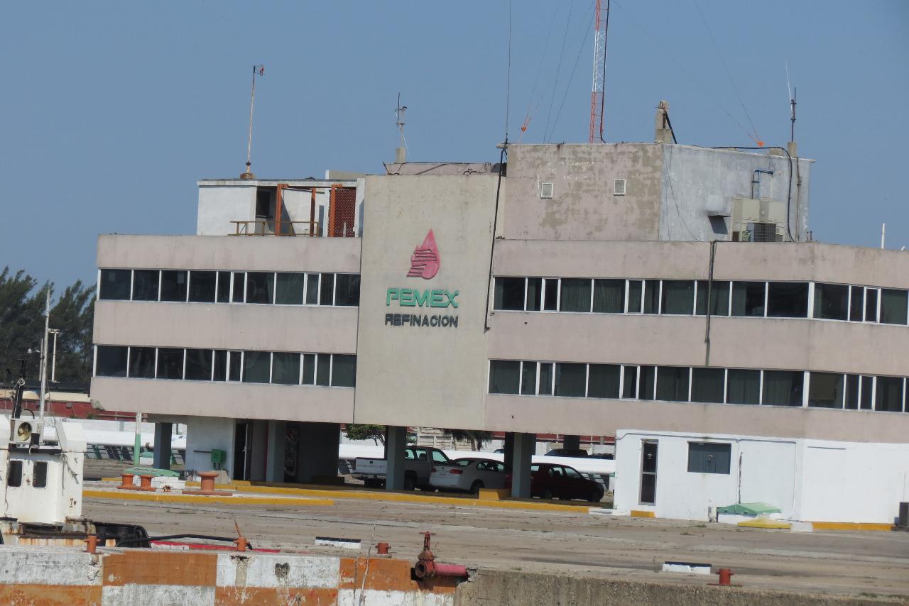 Piden castigo por errores en Refinería Madero