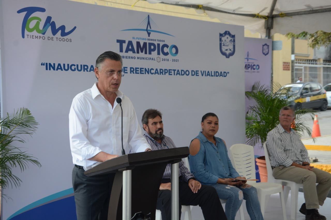 Entrega Chucho Nader Nueva  Obra de Reencarpetado de Calle
