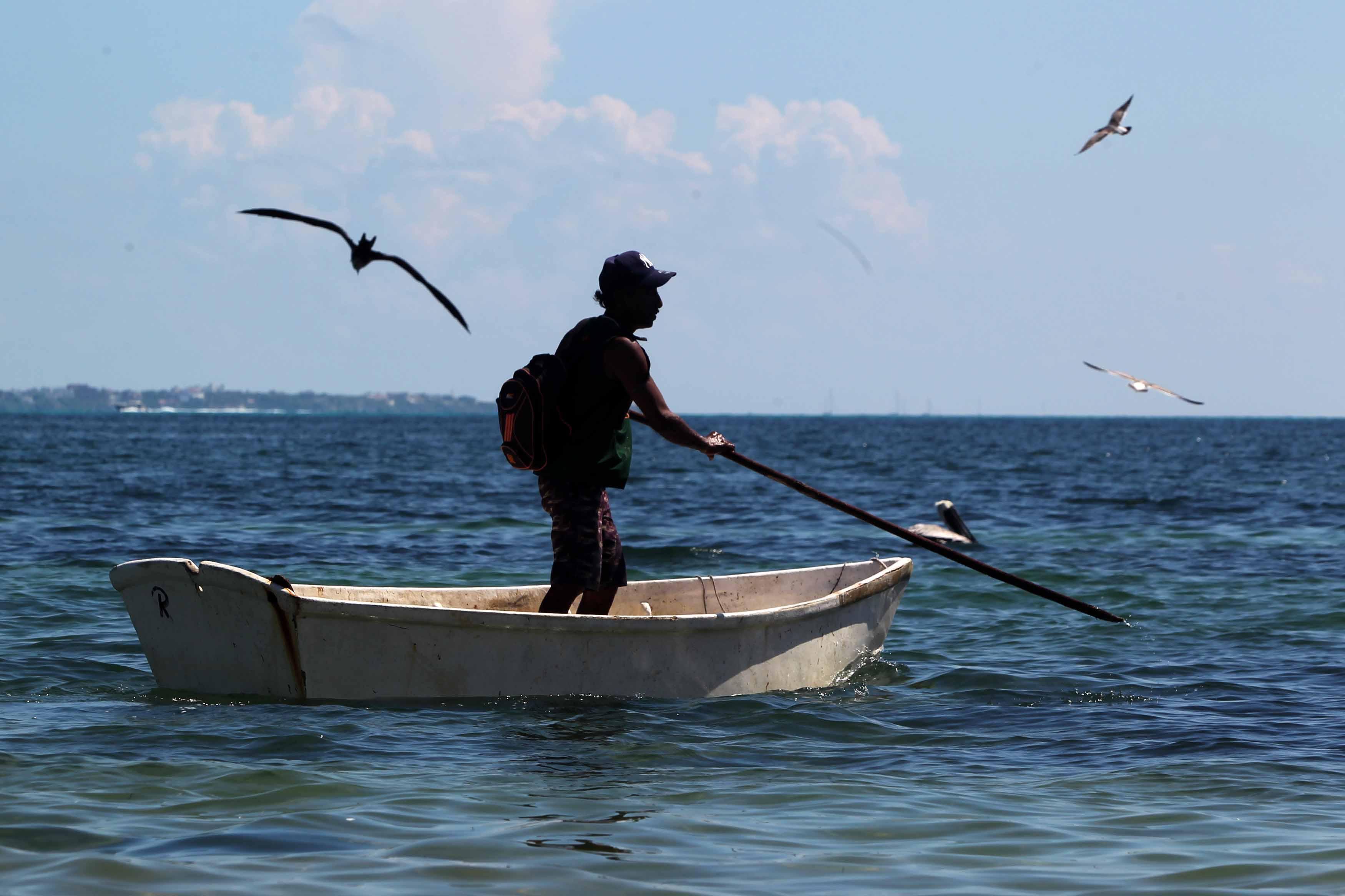 Decomisan 200 equipos de pesca prohibida