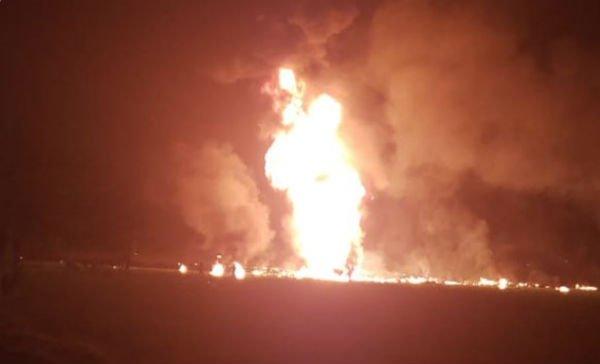 Reportan veinte muertos en explosión de ducto en Hidalgo