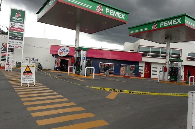 Cierran 100 gasolineras, investigan si vendían huachicol