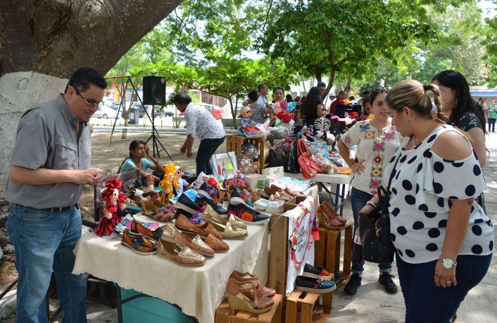 """Invitan a consumir productos locales en """"Mercadito Madero"""""""