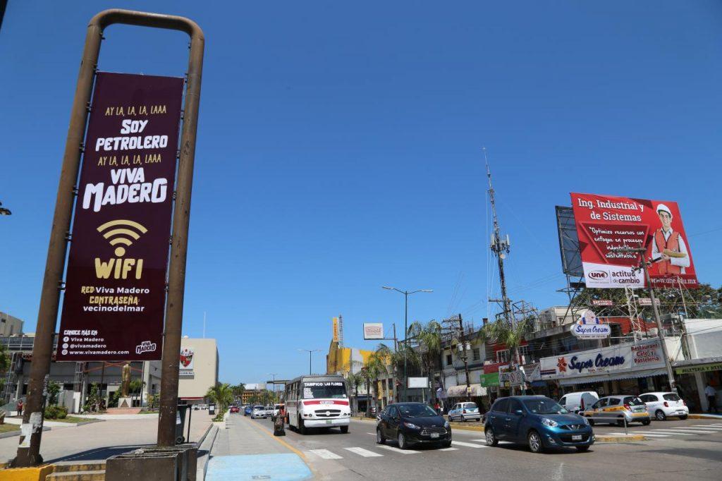 Instalan Wifi gratuito Viva Madero en Plaza Isauro Alfaro
