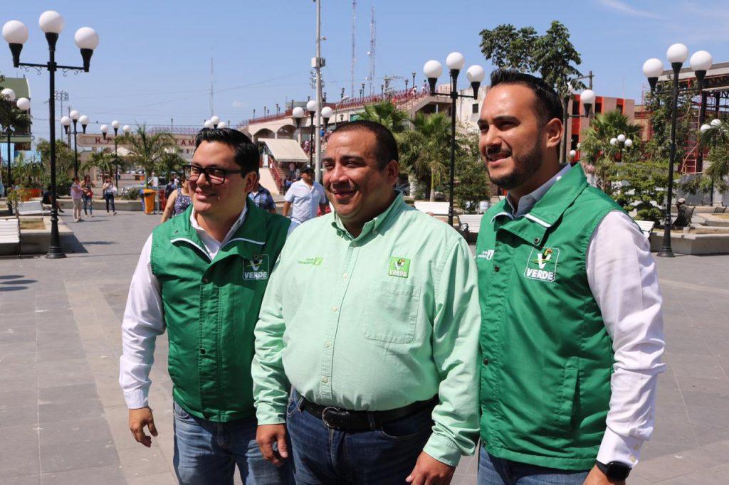 Jesús González propone plan ecológico para laguna del Carpintero