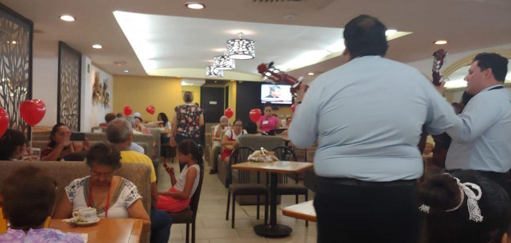 Restaurantes llenos en Tampico por Día de las Madres