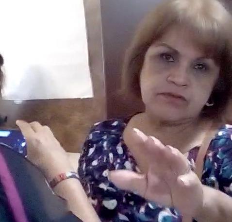 Representante de Morena agrede a reportera de radio