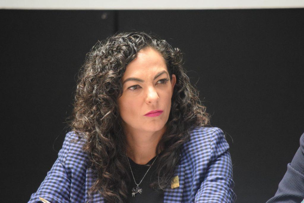 Burocracia no permite el desarrollo económico regional: Olga Sosa