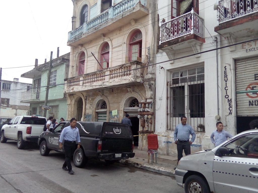 Hallan a herrero sin vida en su negocio en Tampico