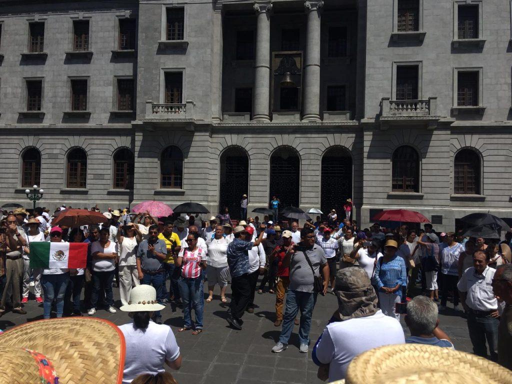 Protestan tampiqueños contra AMLO