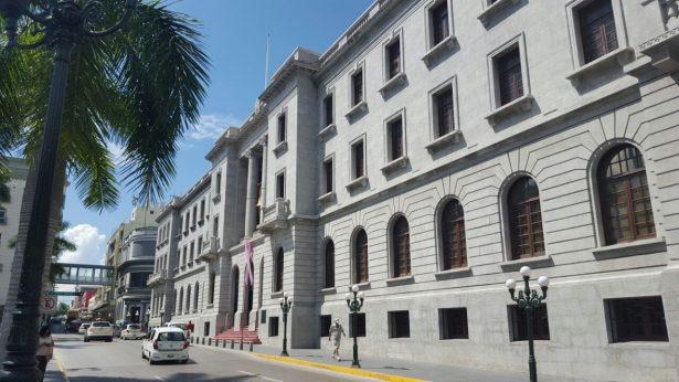 Pide Regidor Sanchez Neri evaluar a todos los secretarios en Tampico