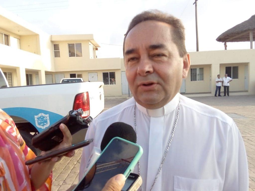 Lamenta Obispo abandono de menor en Miramar