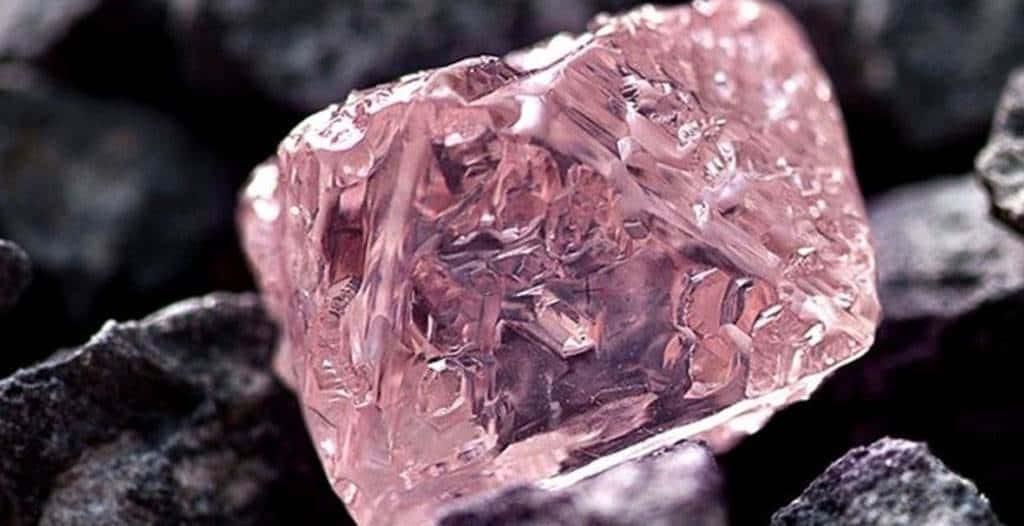 Mina de diamantes rosados en Australia se agota y prevén cierre