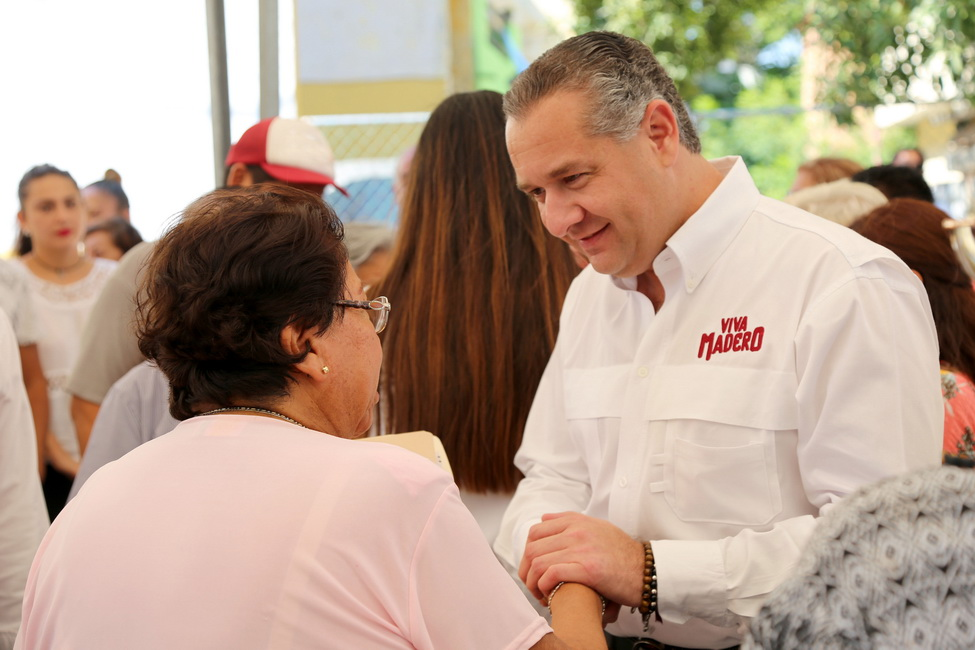 Fortalece Adrián Oseguera lazos con la población maderense