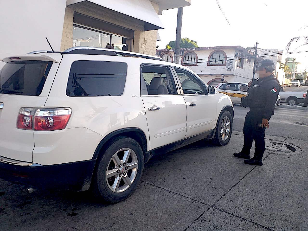Recuperan auto robado en Tampico