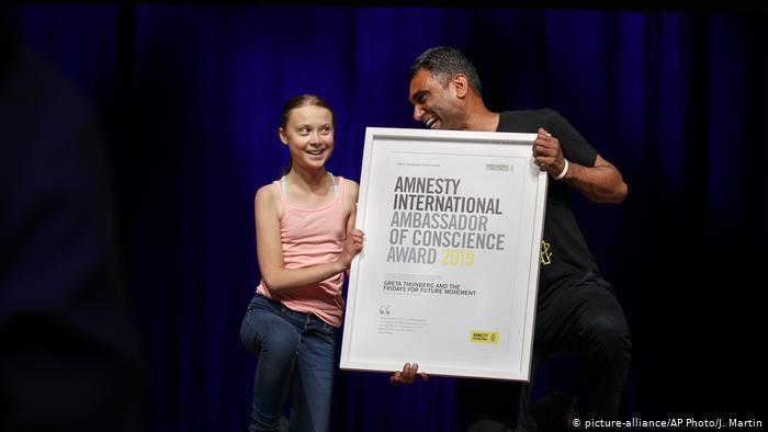 Greta Thunberg recibe premio Embajadora de Conciencia