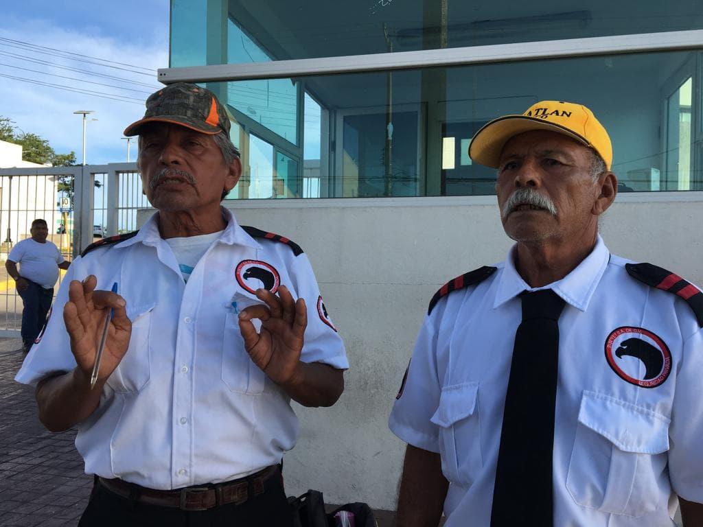 Incumple empresa pago de sueldo a 50 vigilantes de hospital Canseco