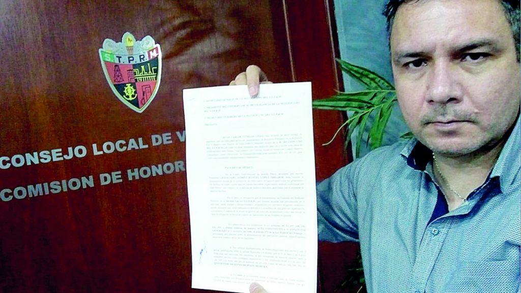 Viene investigación para Esdras Romero