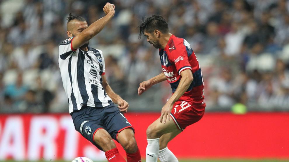 Rayados perdona a Chivas y tras empate ambos tienen complicada su calificación
