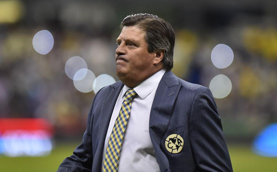 Miguel Herrera ofrece disculpas por insultar al árbitro Marco Antonio Ortíz