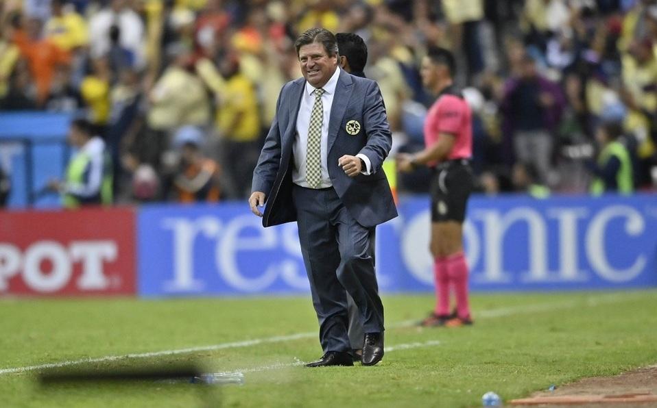 Miguel Herrera es suspendido tres partidos por la Comisión Disciplinaria