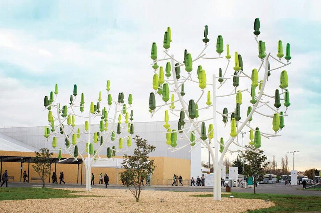 Crean árbol productor de energía limpia en Francia