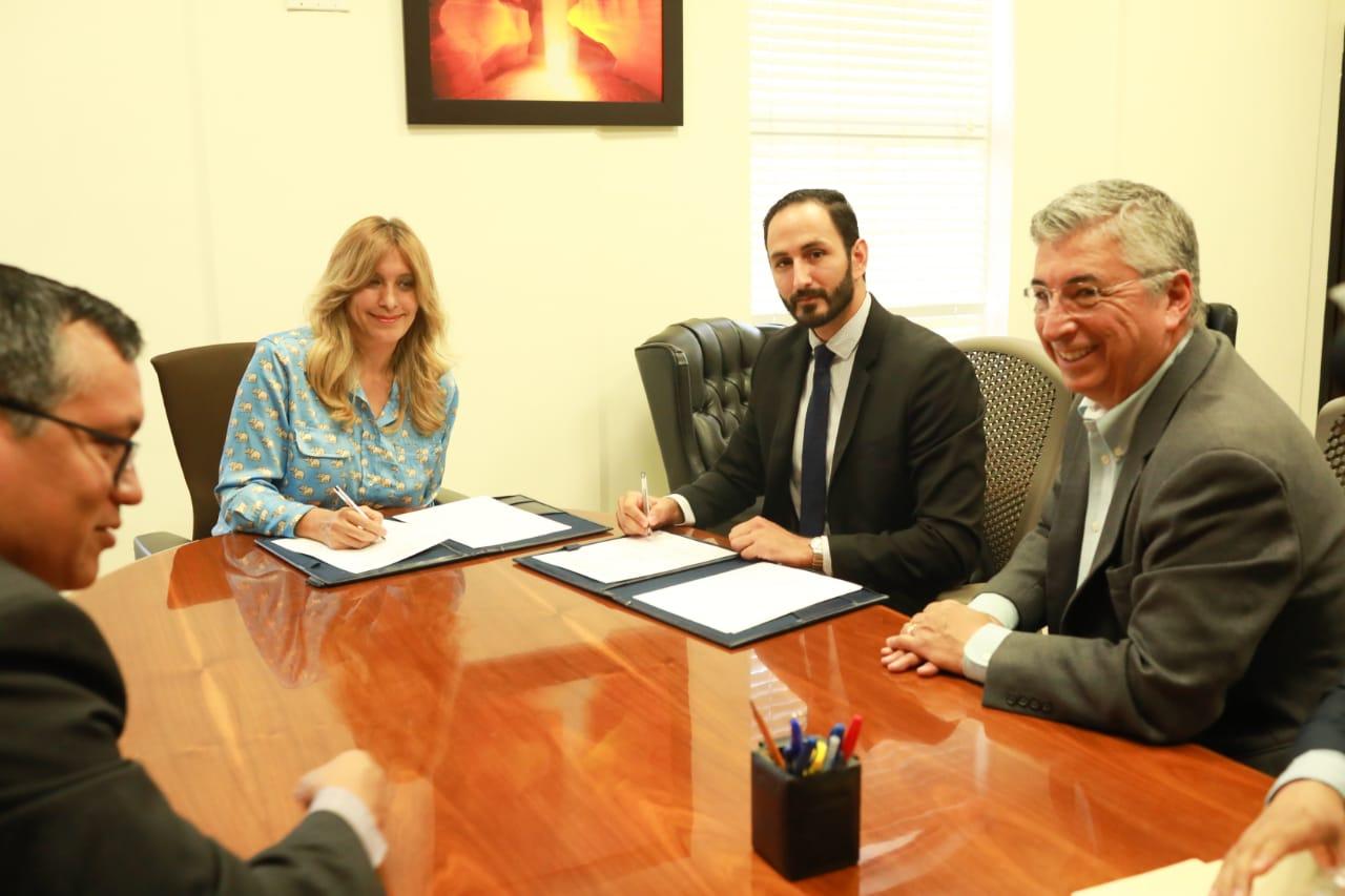 Firman Reynosa y NAFIN Convenio para capacitar empresarios
