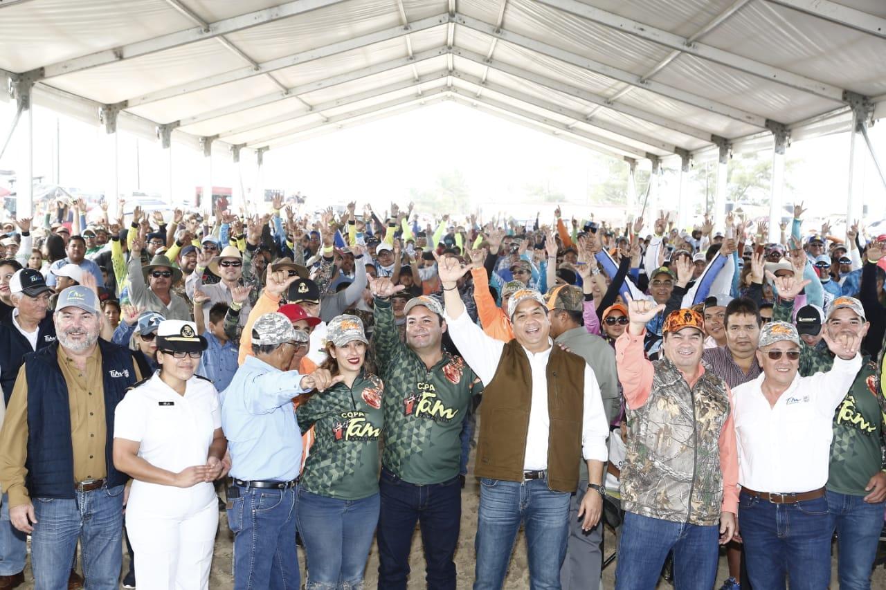 Participan 2 mil pescadores en torneo de Pesca Copa TAM