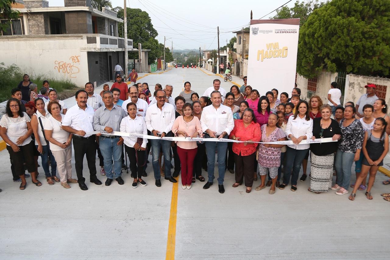 Adrián Oseguera inaugura importante obra de modernización en vialidades