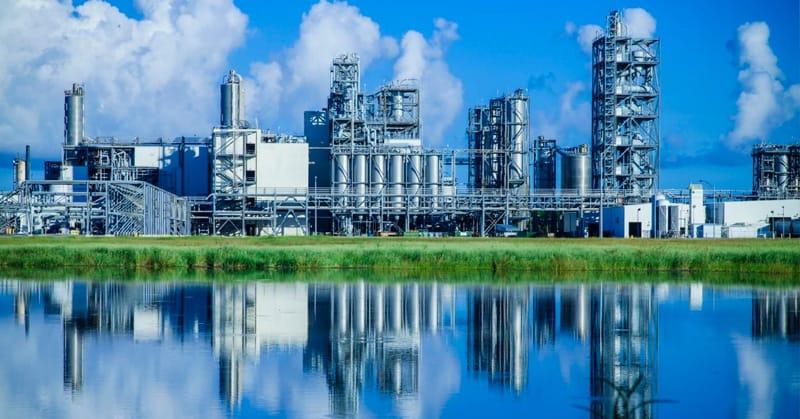 Cierra industria año con bajo crecimiento