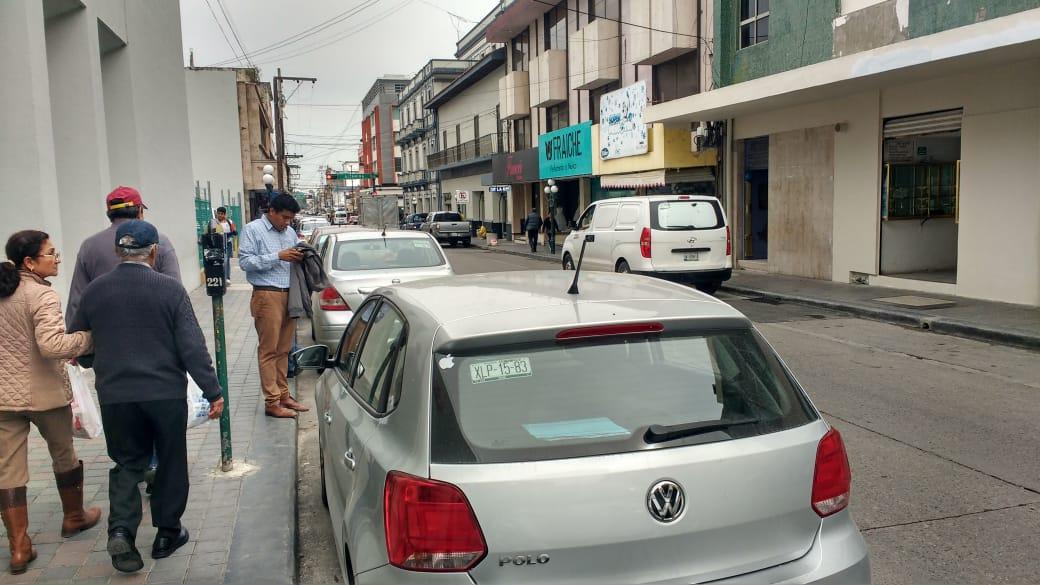 Suspenden operación grúa por El Buen Fin en Tampico