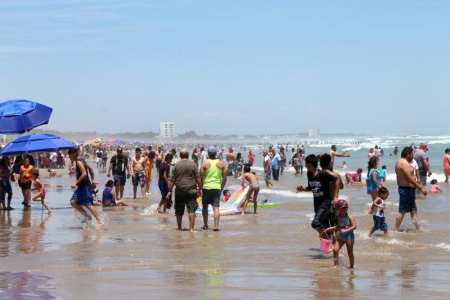 Visitan Playa Miramar más de 20 Mil Personas