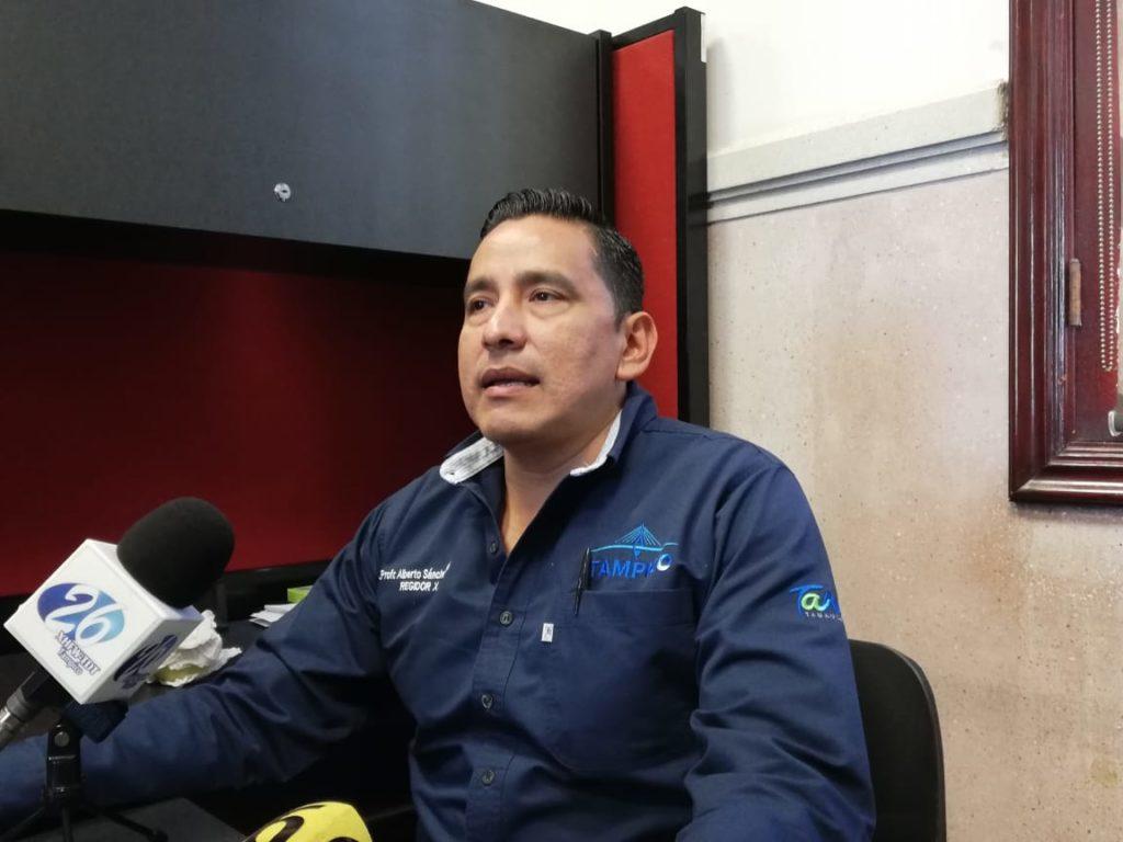 Rehabilitarán dos camiones de bomberos en Tampico: Sánchez Neri