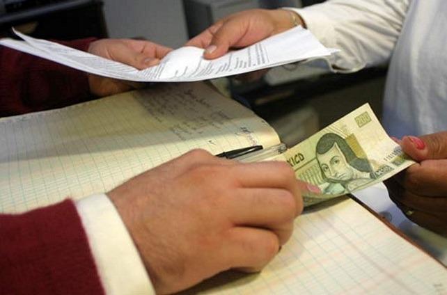 La UIF bloqueó 1,400 mdp por actos de corrupción